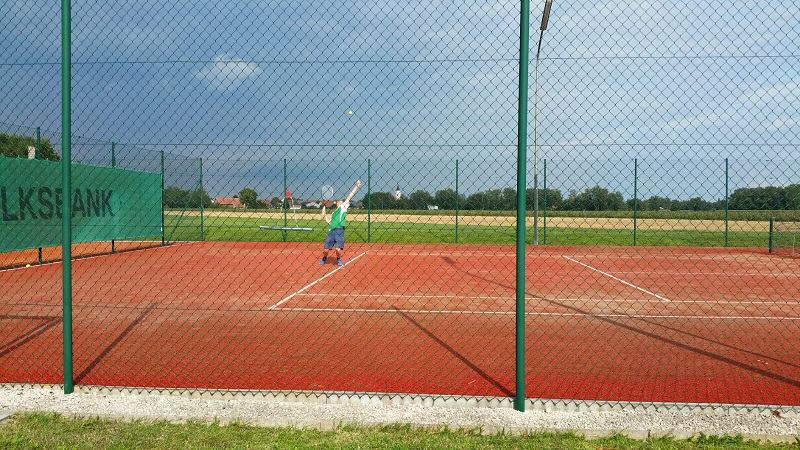Allwetter-Court